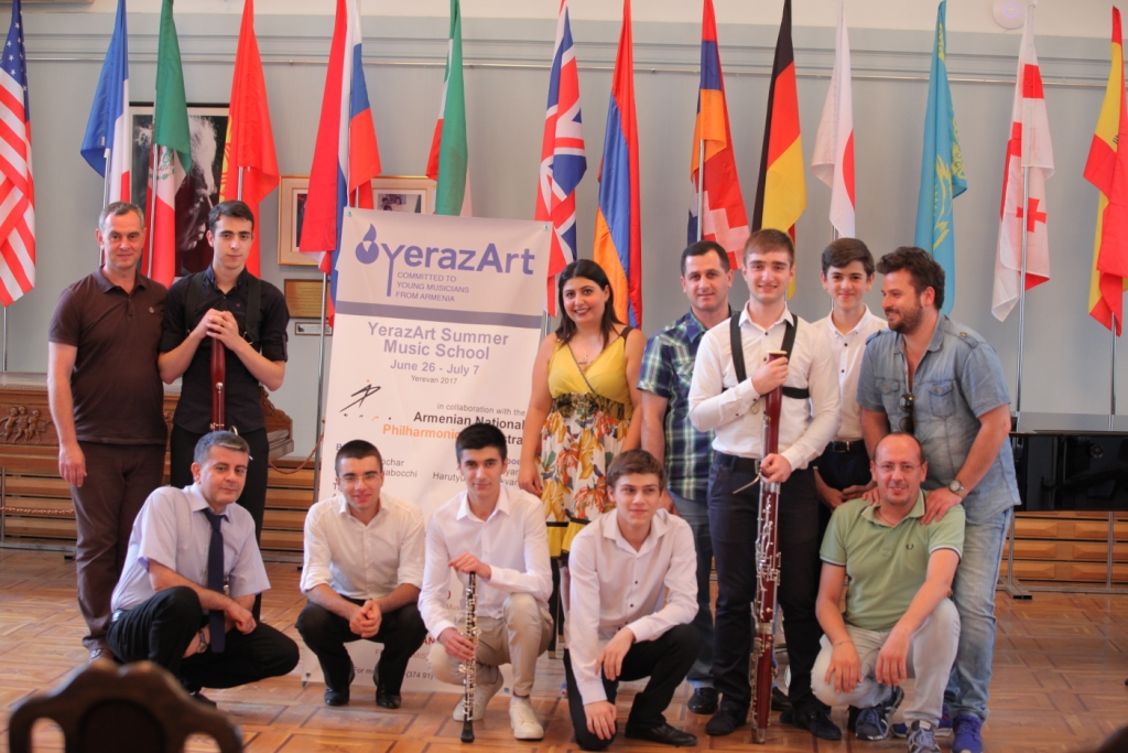 Arman Padaryan with teachers and participants Concert day